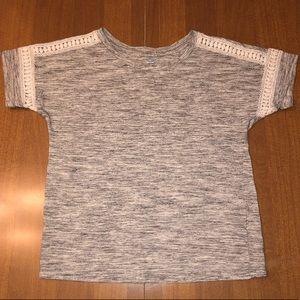 Old Navy Gray Tee Shirt !